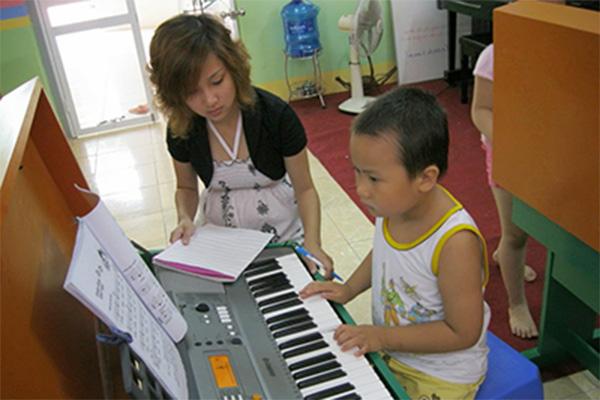 Gia sư dạy kèm tại Kon Tum