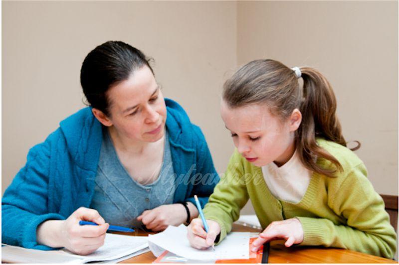 Gia sư sẽ giúp các con học tập hiệu quả hơn