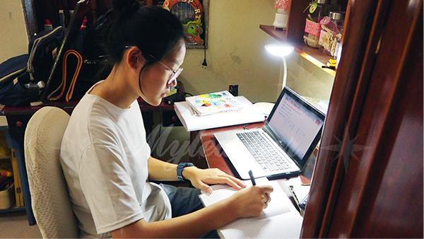 Phương pháp giảng dạy trực tuyến của Myteacher giúp các em học sinh dù ở thành thị hay nông thôn đều có cơ hội tiếp thu kiến thức, cải thiện kết quả học tập của bản thân