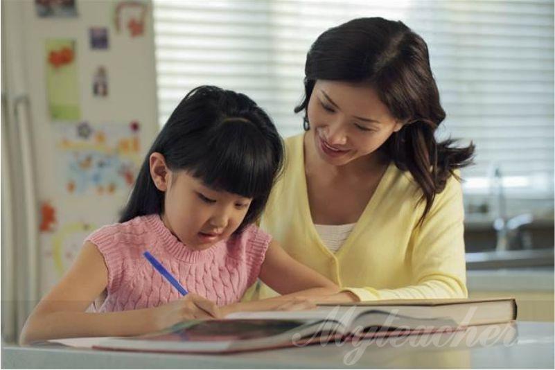 Gia sư lớp 1 giúp bé viết chữ đẹp, đọc chuẩn và giải toán nhanh
