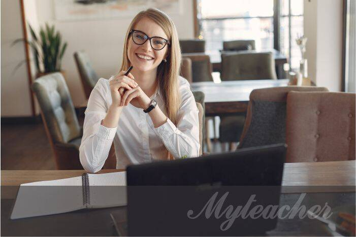 Công việc gia sư trực tuyến rất tiện lợi cho sinh viên và giáo viên